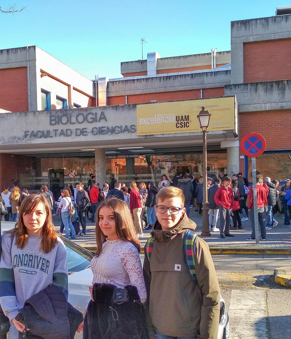 Alumnos del colegio Alborada en la XIV olimpiada de Biología. Méntoring